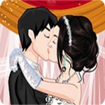 Wedding Kiss Dress Up